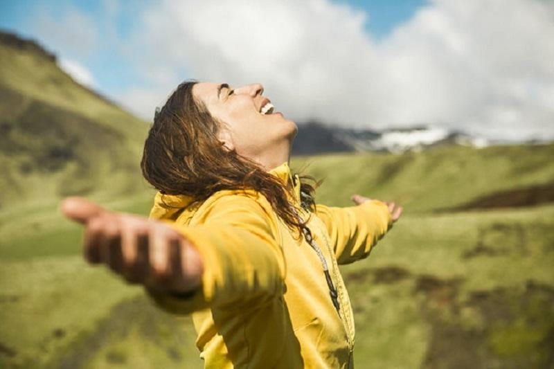 เปิดวิธีฝึกใจให้มีความสุข สร้างพลังบวกในทุก ๆ วัน